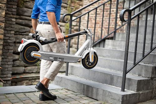 I 5 migliori scooter elettrici di fascia alta: confronto e recensioni 2021 14
