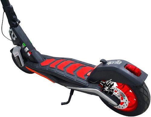 Aprilia eSR1 Scooter elettrico: recensioni, opinioni e offerte 2021 8