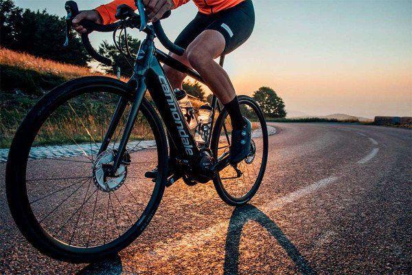 Le 3 migliori bici elettriche da strada e da ghiaia 2021: confronto e guida all'acquisto 8