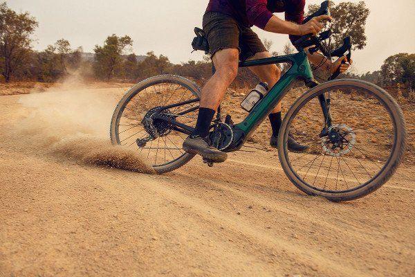 Le 3 migliori bici elettriche da strada e da ghiaia 2021: confronto e guida all'acquisto 1